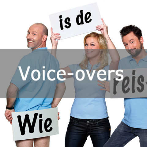 Wie-Is-De-Reisleider-persfoto-presentatoren-met-bordjes